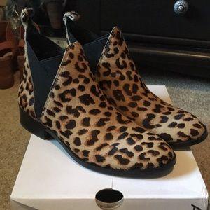 Aldo Scotch leopard calf hair Chelsea size 8 EUC